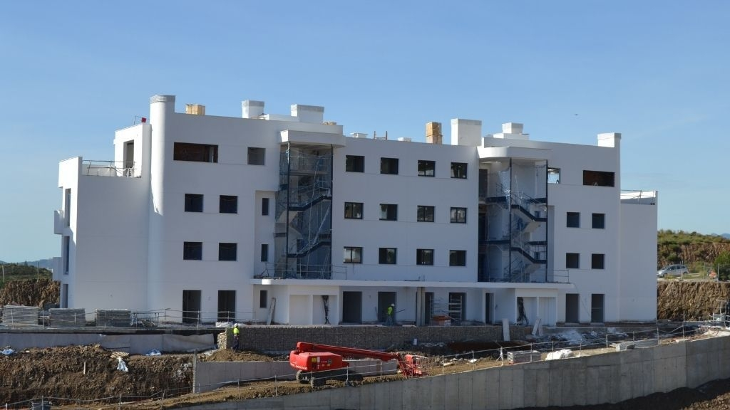 Phase IV - 2021 02 Windows being installed in Blocks 49 and 50