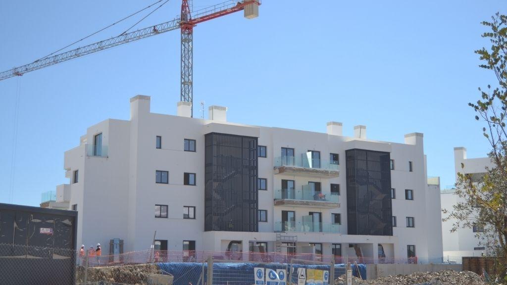 Phase II - 2021 03 Work advances on Blocks 17 and 18 in Phase II