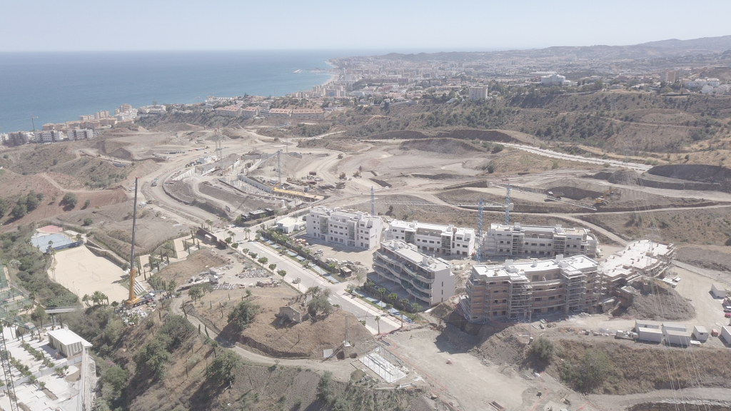 Phase I - 2019 06 - Construction progress in Phases I and II with a Mediterranean backdrop